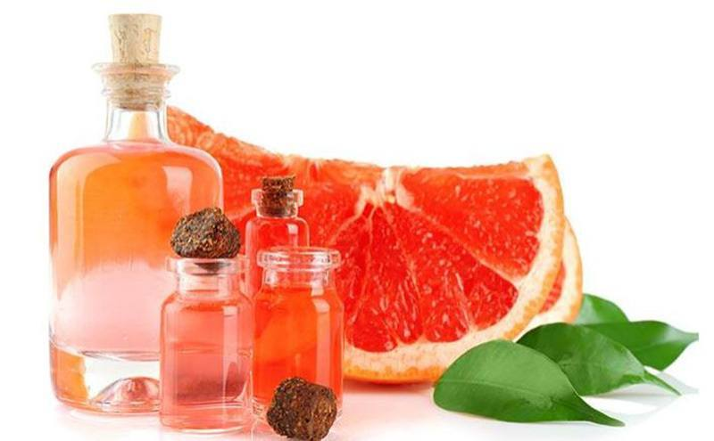 Grapefruit essential oil brings a feeling of mild calmness